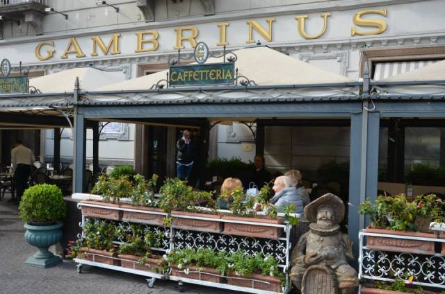 n Naples is a ritual to drink a coffee in the early morning: Caffetteria Gambrinus is the better place to do it