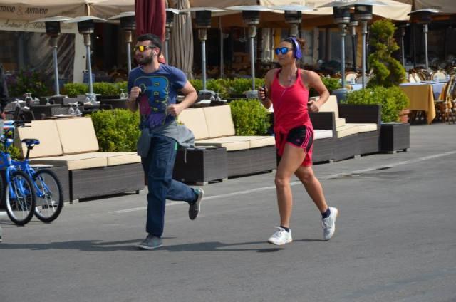 -... other people prefer jogging along the coastal
