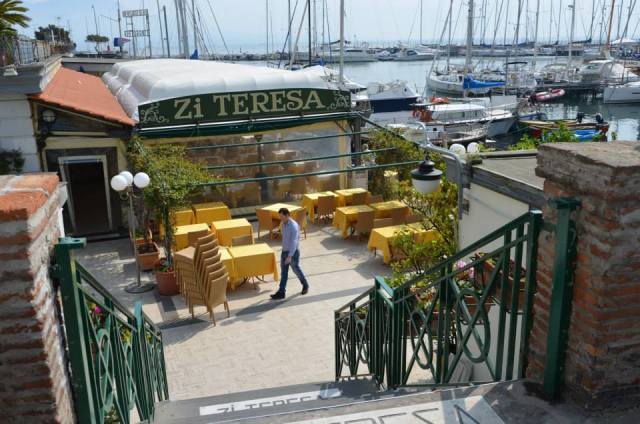 "If You are hungry, you can eat something in the famous restorant ""Zi Teresa""."