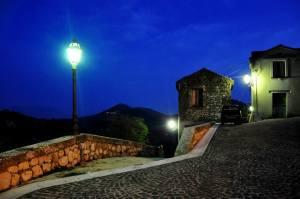 il borgo di sera