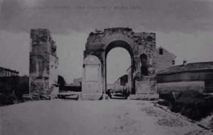 Foto 1860  con lapide commemorativa della battaglia del volturno